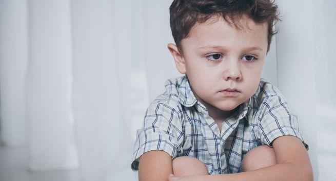Khuôn mặt trẻ tự kỷ