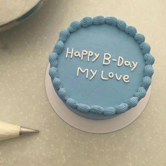 Hình ảnh bánh sinh nhật độc đáo và đơn giản tặng người yêu