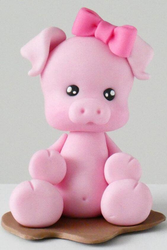 Ảnh lợn đáng yêu được làm bằng bánh kem
