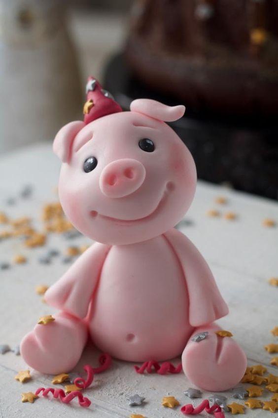 Bánh sinh nhật con heo 3D đang mỉm cười hớp hồn người tuổi Hợi