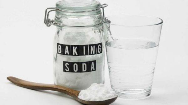 Baking soda và chanh xử lý bồn cầu bốc mùi hiệu quả