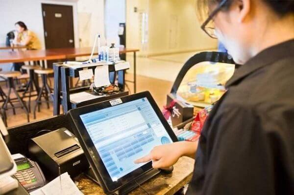 Phần mềm quản lý nhà hàng iPOS - hỗ trợ bán hàng