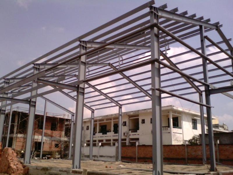 Những yếu tố khác ảnh hưởng tới kích thước khung thép nhà tiền chế