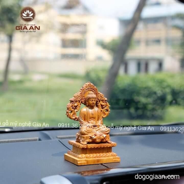 Mẫu tượng Phật A Di Đà bằng gỗ quý hiếm
