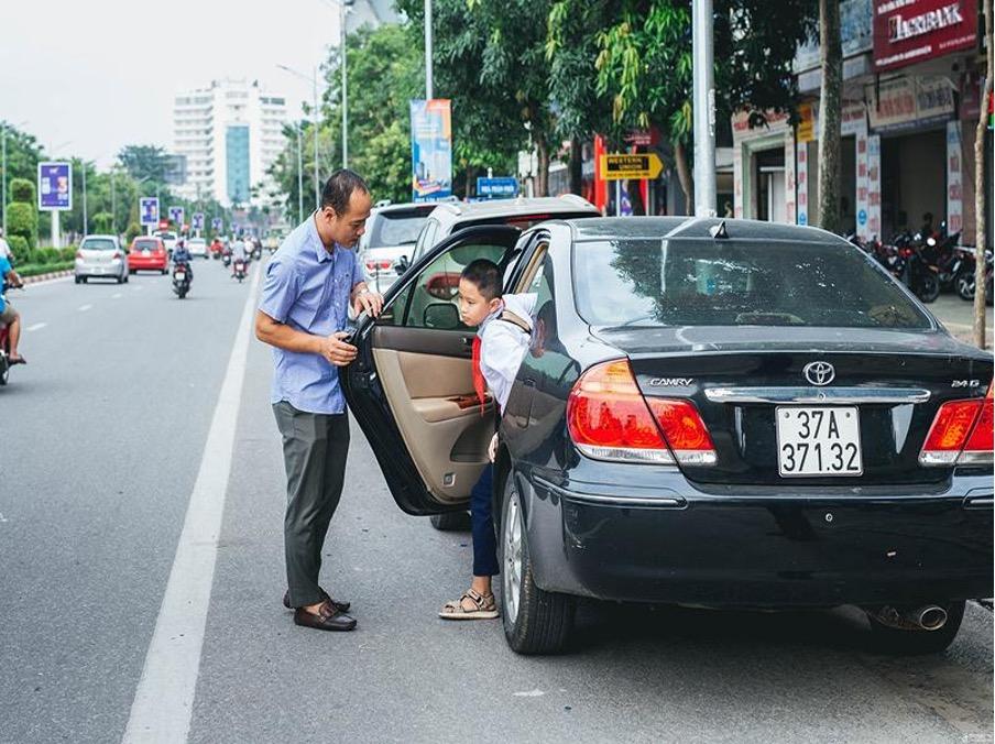 Những thao tác kiểm tra xe trước khi rời khỏi xe ô tô
