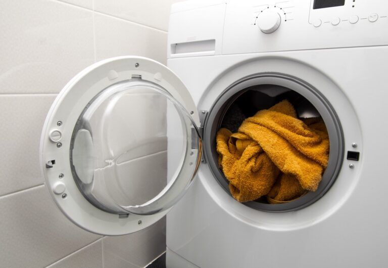 Chúng tôi cung cấp dịch vụ giặt ủi với quy trình chuyên nghiệp nhất